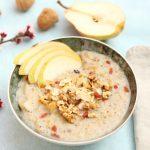 Ricetta porridge con pera e frutta secca
